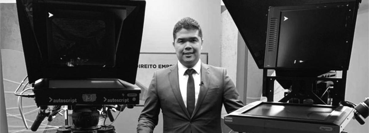 Filipe Denki, sócio responsável pelo Núcleo Recuperação  de Empresas, grava aulas sobre a nova Recuperação Judicial  a convite da TV Justiça.